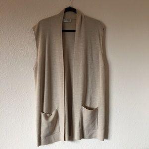 Olsen Collection Size 12 Beige Vest with Pockets